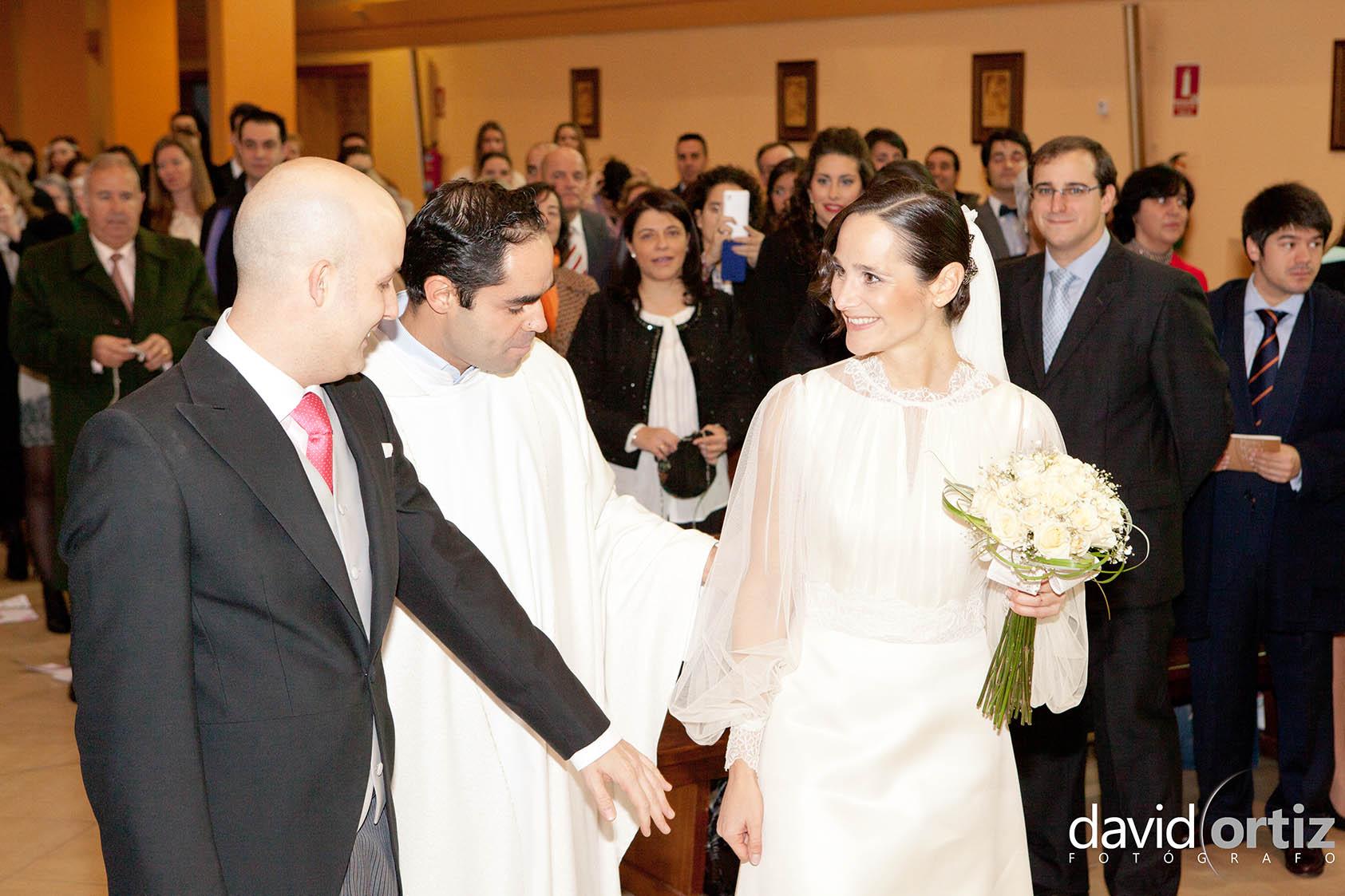 Si estas buscando fotógrafo para tu boda aquí te dejamos un ejemplo de un reportaje diferente