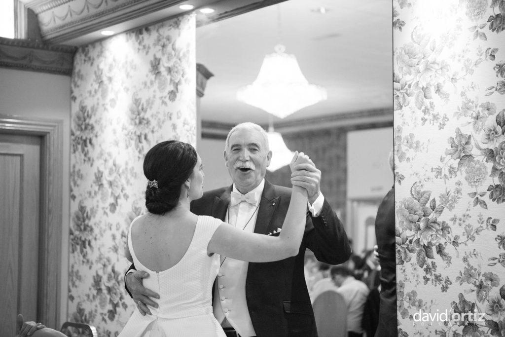 fotógrafo de boda Eva y Juanan salones el Paseo 133