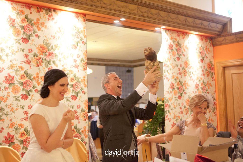 fotógrafo de boda Eva y Juanan salones el Paseo 142