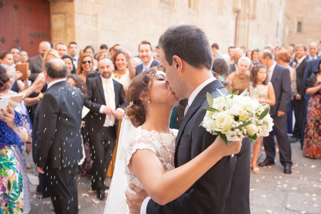 Boda Capilla Universidad de Salamanca por el fotógrafo de bodas David Ortiz -11
