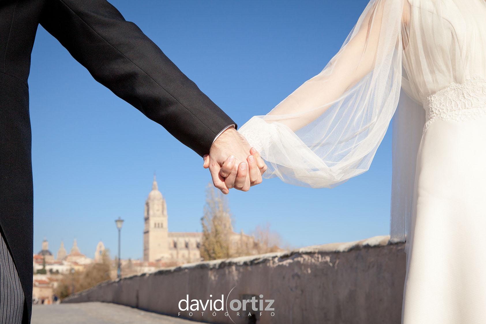 Fotografía y reportaje de la boda de Manuely Elena, realizado por David Ortiz Fotógrafo enSalamanca